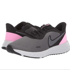 Nike Revolution 5 Running Shoes size 9W pink black